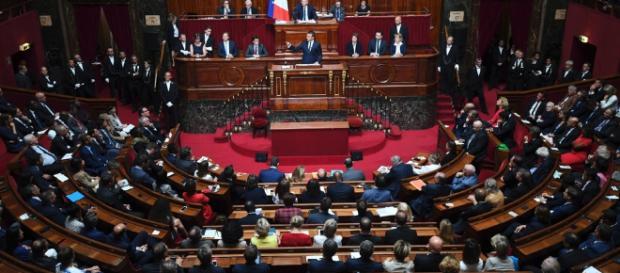 Congrès : les temps forts du discours d'Emmanuel Macron en vidéos ... - publicsenat.fr