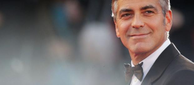 George Clooney ad Olbia: incidente durante le riprese della nuova ... - blogdilifestyle.it