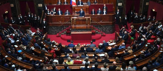 Congrès de Versailles : Macron entend construire « l'État providence du 21e siècle »