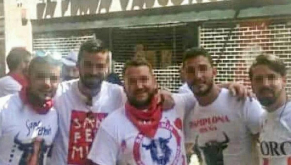 La BozaIntegrante ManadaFue Por Sevilla Ángel Detenido De 3RjqLA54