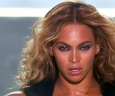 A cantora Beyoncé [Imagem via YouTube]