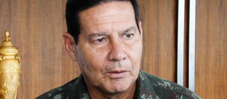 General Hamilton Mourão é cogitado pra vice de Bolsonaro
