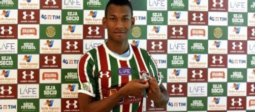 Fluminense apresentará novos uniformes nesta terça (Foto: Lucas Marçon)