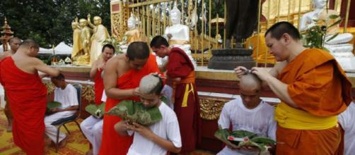 TAILANDIA/ 11 niños rescatados de la cueva fueron ordenados como novicios budistas