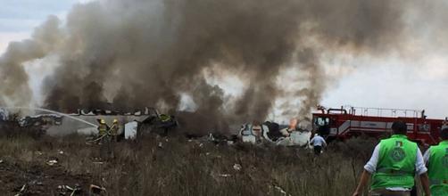 Un avión de Aeroméxico se desploma en Durango