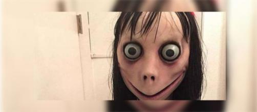Usuários do WhatsApp temem receber a terrível Momo.