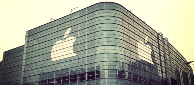 image of Apple building. - [Scott Schiller / Flickr]