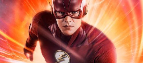 Grant Gustin revealed the new Flash costume for Season 5 - [Emergency Awesome / YouTube screencap]