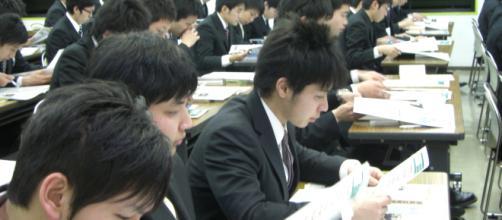 Japón:estudiantes en su mayoría masculinos
