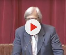 Vittorio Sgarbi manda a quel paese il presidente della Camera Fico