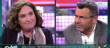 Jorge Javier Vázquez pide el voto para Ada Colau y abandona a Iceta