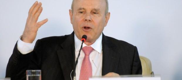 O ex-ministro da Fazenda Guido Mantega foi denunciado