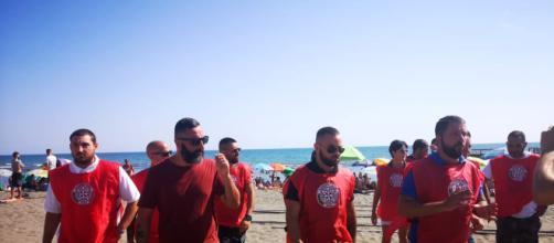 Blitz di CasaPound nella spiaggia di Ostia - romatoday.it