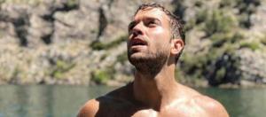 Pablo Alborán sube una foto desnudo a Instagram que causa controversia