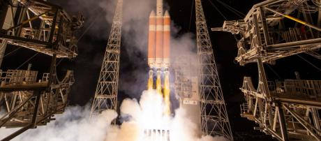 Fue enviado hacia el Sol el cohete Delta IV Heavy con la sonda Parker