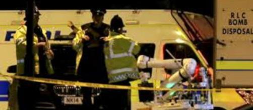 10 heridos en tiroteo en carnaval de Mánchester