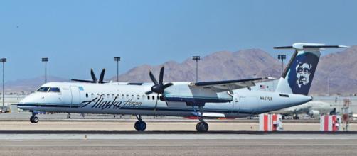 Alaska Airlines Horizon Air at Las Vegas - McCarran International Airport. [Image courtesy - Tomás Del Coro, Wikimedia Commons]
