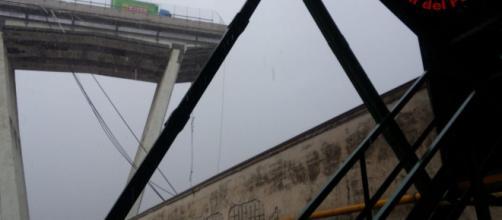 crolla viadotto a Genova: morti e feriti
