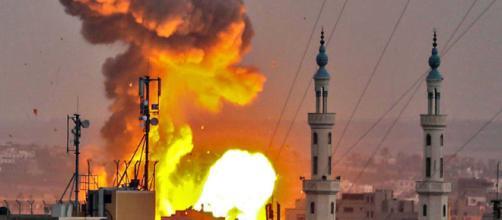 Explosión de depósito de armas en siria deja 69 muertos hasta ahora