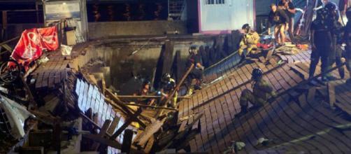 Más de 300 heridos en Vigo tras desplomarse una plataforma
