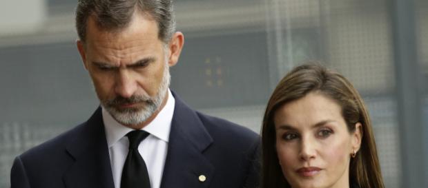 Los Reyes presiden el funeral de Estado por las víctimas del atentado - woman.es