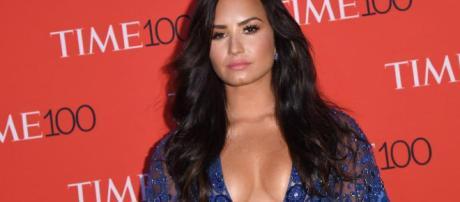 Demi Lovato viaja a Chicago para nuevo tratamiento médico