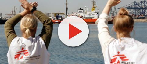 España acogera a 60 migrantes del Aquarius tras un acuerdo con varios países de la Unión Europea