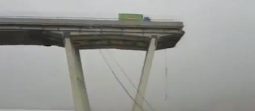 Crolla il ponte Morandi a Genova, parlano alcuni testimoni
