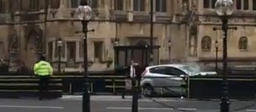 El ataque al parlamento británico es un incidente terrorista según la policía