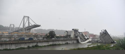 Genova, crollo del viadotto sulla A10: sale il bilancio delle vittime