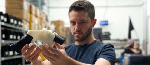 Facebook evitará la distribución de diseños de armas 3D