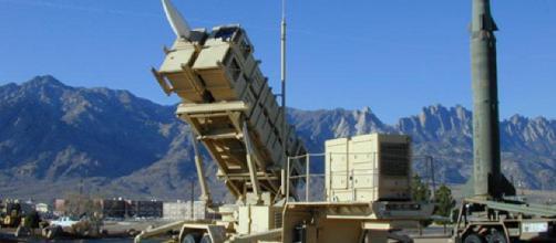 Irán anuncia nuevo misil el día en que Khamenei hace críticas internas