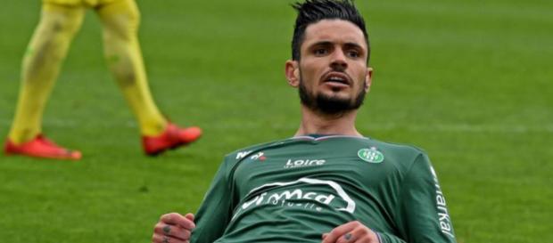 Rémy Cabella ne va pas encore pouvoir officialiser son départ vers Saint-Etienne durant ce mercato.