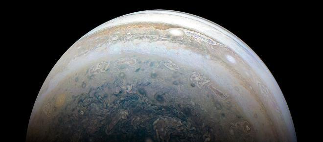 La atmósfera y los campos magnéticos son lo que produce las franjas de color de Júpiter