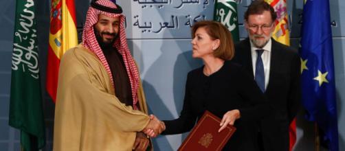 España revisará su programa de venta de armas a Arabia Saudita