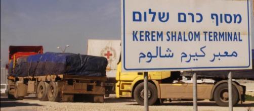 Israël vient de rouvrir le seul point de passage de marchandises vers la Palestine