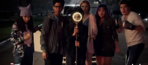 'Runaways' Season 2 will have several hints from the Marvel Cinematic Universe [Image Credit: Hulu/YouTube screencap]