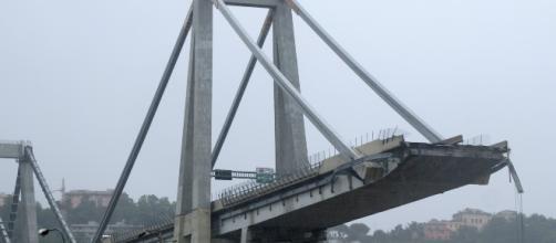 Derrumbe de puente vehicular en Italia deja al menos 26 muertos - newsweekespanol.com