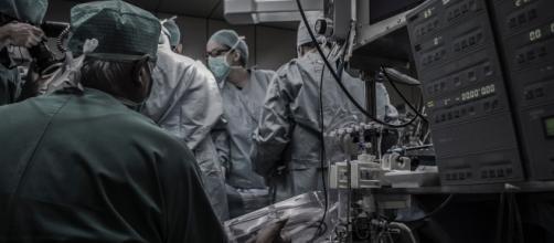 le hashtag #FakeMed souligne les divisions existant au cœur de la communauté médicale
