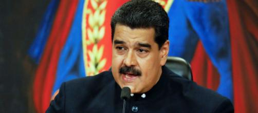 Nicolas Maduro va devoir purger 18 ans de prison selon un tribunal en exil