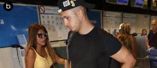 Omar Montes habla con los reporteros en el aeropuerto sobre Chabelita y sus acusaciones