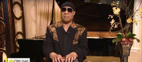 """Stevie Wonder honored Aretha Franklin as a """"consistently great human being"""" on 'CBS This Morning.' [Image source:CBSThisMorning-YouTube]"""