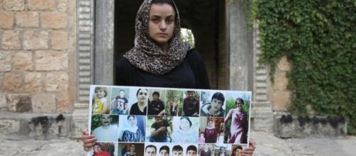 Aschwaq, une jeune réfugiée kurde, a croisé son ravisseur irakien une fois en Allemagne