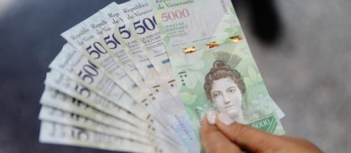 Billetes de Bs. 5.000 pasarán a ser 0,05Bs