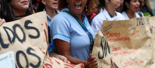 Protesta del sector salud en Venezuela por bajos salarios