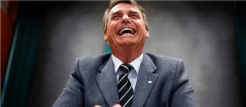 Se eleito; assim como Trump, Bolsonaro disse que o Brasil sairá da ONU - Foto retirada de: Camocim Imparcial