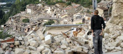 Terremoto de magnitud 5,2 sacude centro de Italia