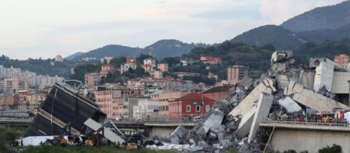 Tragedia di Genova: non solo vittime, anche due superstiti salvati da Vigili del Fuoco