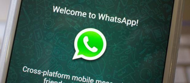 WhatsApp, nuova truffa riguardante il codice della strada