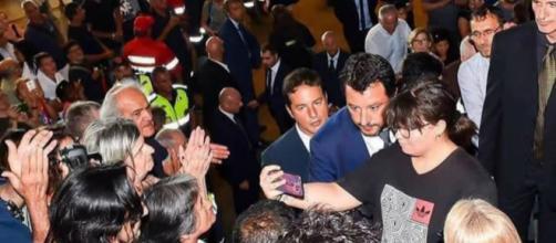 Matteo Salvini risponde alle critiche ricevute, a seguito dei Funerali di Stato. Blasting News